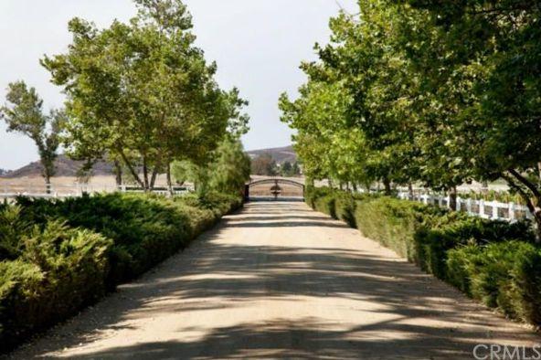 40651 Avenida la Cresta, Murrieta, CA 92562 Photo 27