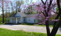Home for sale: 905 W. Broadway St., Loogootee, IN 47553