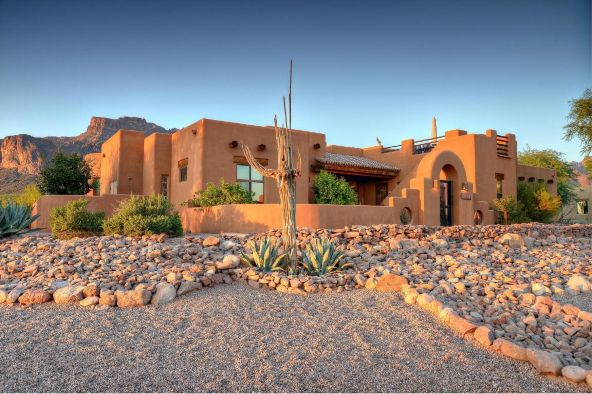 928 S. Cottontail Ct., Apache Junction, AZ 85119 Photo 2