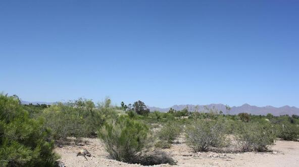 7670 N. Invergordon Rd., Paradise Valley, AZ 85253 Photo 3