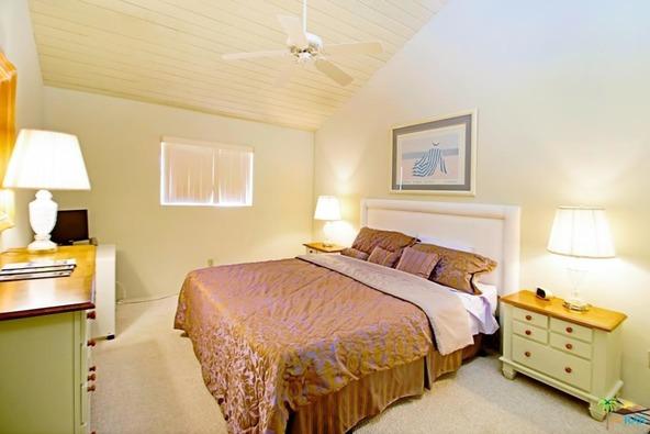 255 E. Avenida Granada, Palm Springs, CA 92264 Photo 12