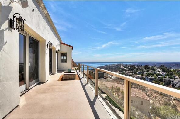 2556 Temple Hills Dr., Laguna Beach, CA 92651 Photo 14