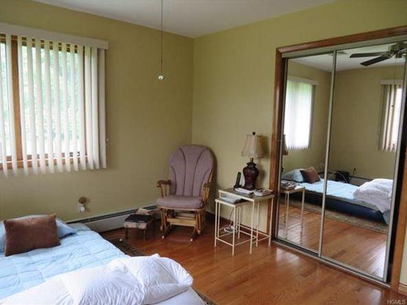 546 Temple Hill, New Windsor, NY 12553 Photo 28