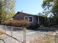 Home for sale: 707 S.E. Flint St., Roseburg, OR 97470