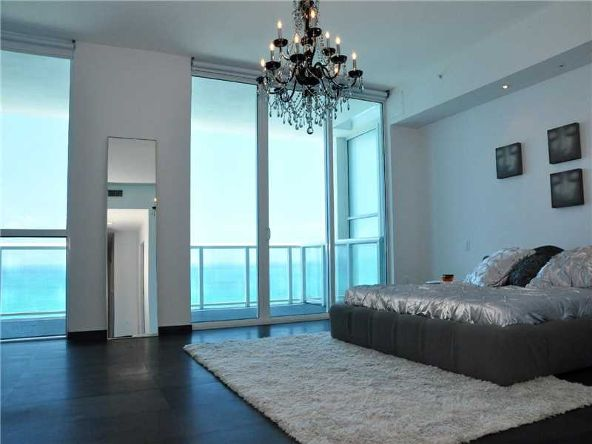 50 S. Pointe Dr. # 3401, Miami Beach, FL 33139 Photo 9