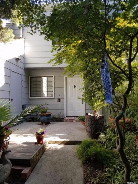291 Leveland Ln. B, Modesto, CA 95350 Photo 3