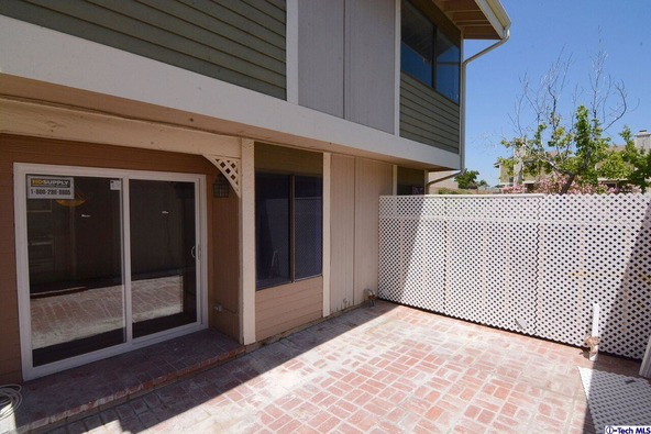 27123 Crossglade Avenue, Canyon Country, CA 91351 Photo 17