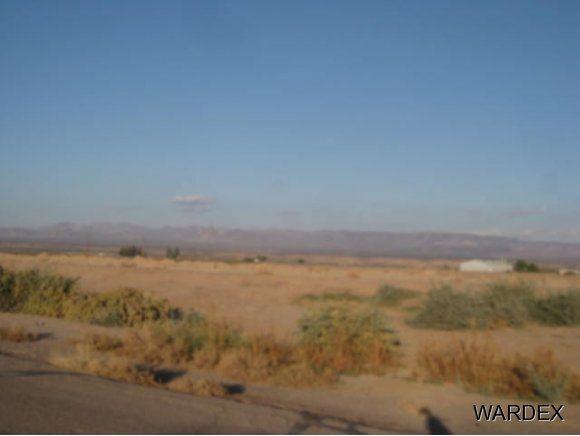 10591 S. Mountain View Rd., Mohave Valley, AZ 86440 Photo 2