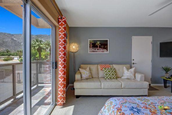 1526 N. Via Miraleste, Palm Springs, CA 92262 Photo 12