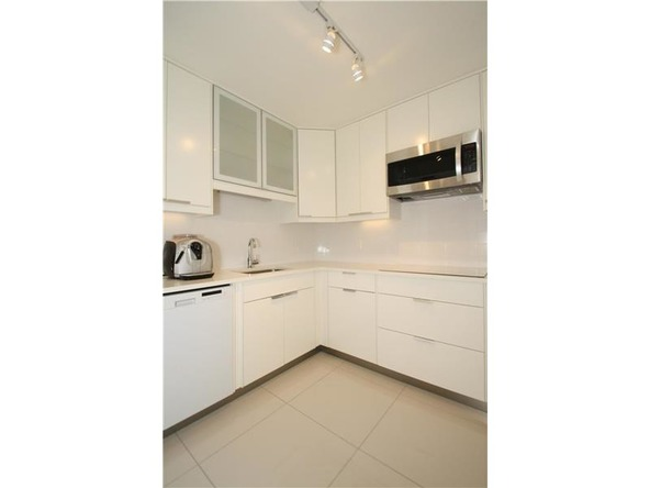 800 West Ave. # 626, Miami Beach, FL 33139 Photo 4
