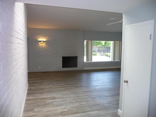 503 W. Bullard Avenue, Fresno, CA 93704 Photo 2