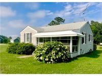 Home for sale: 84 Kennard Ln., Deltaville, VA 23043