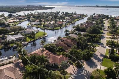 872 Cypress Lake Cir., Fort Myers, FL 33919 Photo 12