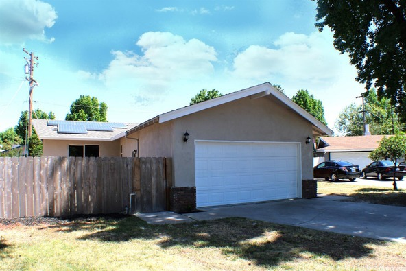 2420 Apache Ln., Modesto, CA 95350 Photo 4