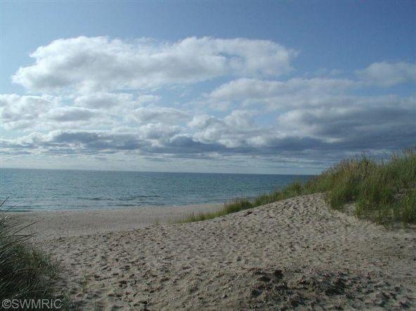 368 Harbor #406, Ludington, MI 49431 Photo 33