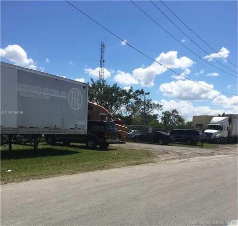 745 Parkway Pkwy, Homestead, FL 33030 Photo 12