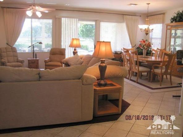 37671 Pineknoll Avenue, Palm Desert, CA 92211 Photo 2