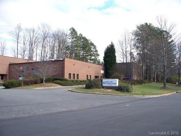 8409 Wake Dr., Charlotte, NC 28269 Photo 25