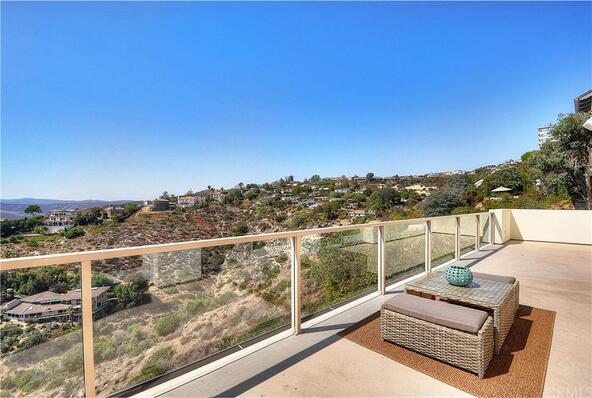 2556 Temple Hills Dr., Laguna Beach, CA 92651 Photo 15