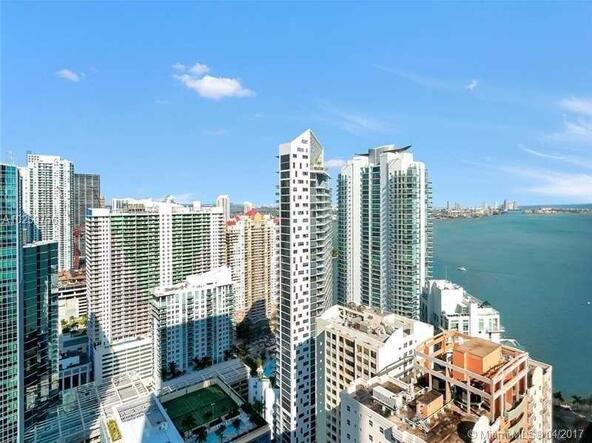 Miami, FL 33131 Photo 5