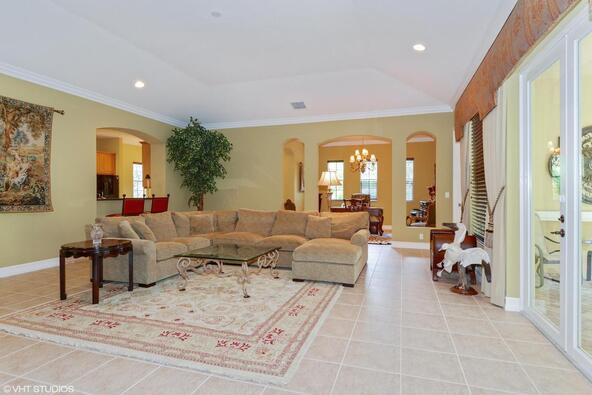 359 Chambord Terrace, Palm Beach Gardens, FL 33410 Photo 14