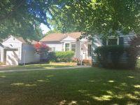 Home for sale: 604 Oakcrest, Pittsburg, KS 66762