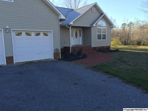 144 Harley Dr. N.E., Fort Payne, AL 35967 Photo 2