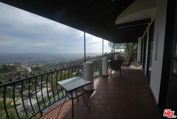 8908 Appian Way, Los Angeles, CA 90046 Photo 12