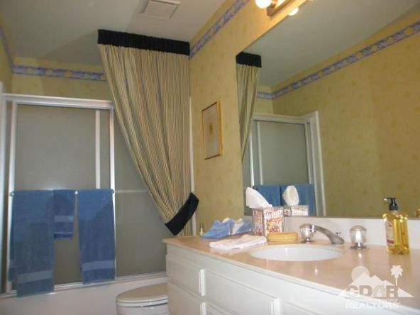 278 San Vicente Cir., Palm Desert, CA 92260 Photo 12