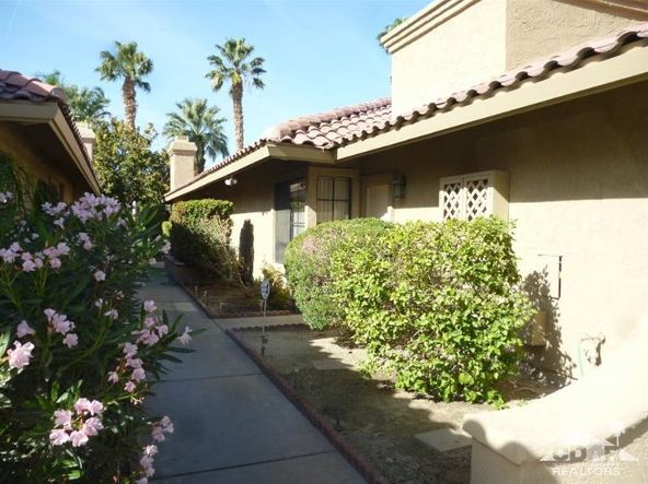 41441 Woodhaven Dr. West, Palm Desert, CA 92211 Photo 2