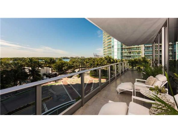 801 S. Pointe Dr. # 401, Miami Beach, FL 33139 Photo 12