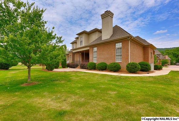 4 Sotheby Pl., Gurley, AL 35748 Photo 31