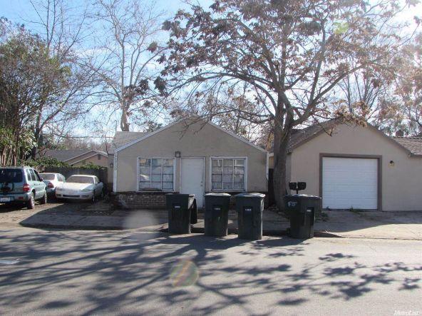 1730 Kenwood St., Sacramento, CA 95815 Photo 3