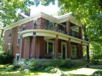 Home for sale: 615 N. Poplar St., Paris, TN 38242