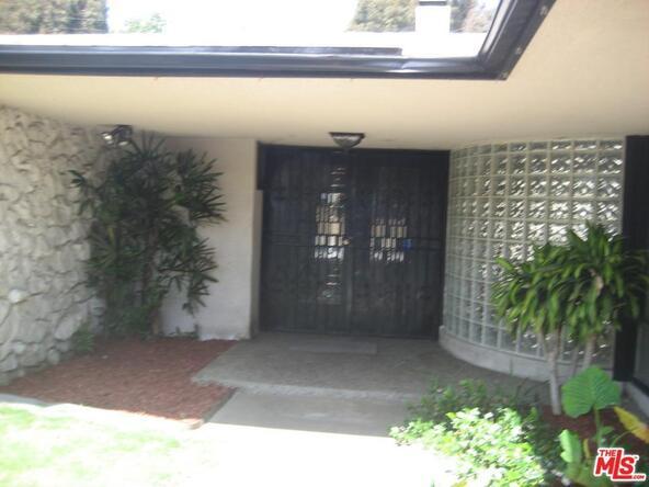 6536 Springpark Ave., Los Angeles, CA 90056 Photo 2