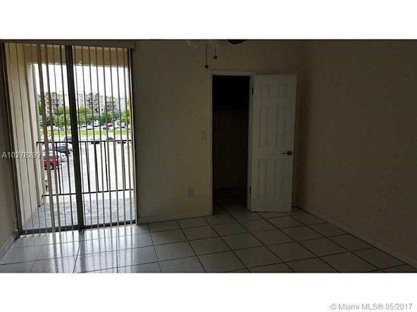 9220 Fontainebleau Blvd., Miami, FL 33172 Photo 5