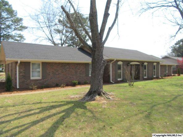 2304 Mountbrook Dr. S.E., Decatur, AL 35601 Photo 36