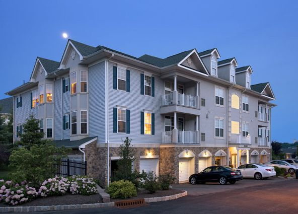 39 Brownstone Rd - For GPS use: 650 VALLEY ROAD CLIFTON NJ, Clifton, NJ 07011 Photo 2