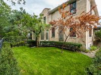 Home for sale: 843 West Castlewood Terrace, Chicago, IL 60640