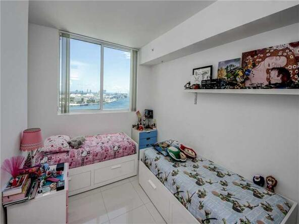 253 N.E. 2nd St. # 2303, Miami, FL 33132 Photo 3