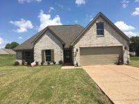 Home for sale: 125 Highland Dr., Senatobia, MS 38668