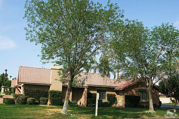 42607 Virginia Avenue, Palm Desert, CA 92211 Photo 2