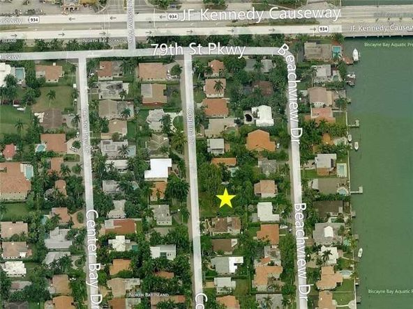 7700 Coquina Dr., North Bay Village, FL 33141 Photo 3