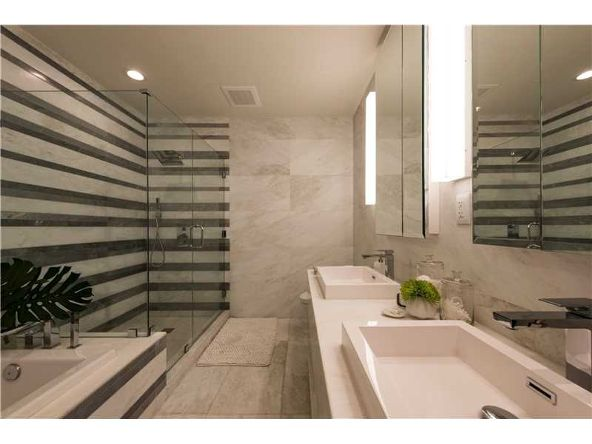 801 S. Pointe Dr. # 401, Miami Beach, FL 33139 Photo 18