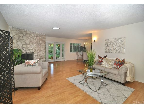 13329 Killion St., Sherman Oaks, CA 91401 Photo 6