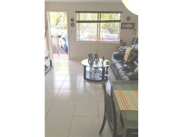528 Meridian Ave., Miami Beach, FL 33139 Photo 5