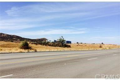 28555 Running Rabbit Rd., Murrieta, CA 92563 Photo 2