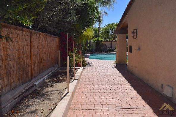 7804 Avenida Derecho, Bakersfield, CA 93309 Photo 22