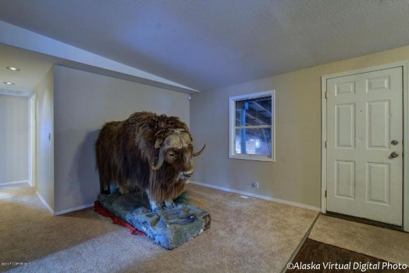 2400 W. 34th Avenue, Anchorage, AK 99517 Photo 18