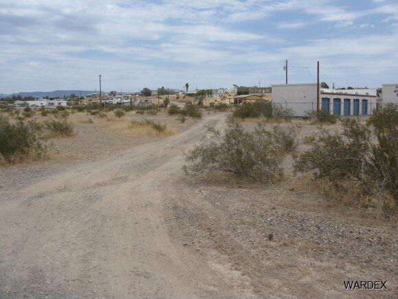 12910 S. Golden Shores Pkwy, Topock, AZ 86436 Photo 5